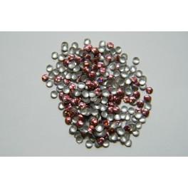 Kovové cvočky růžové 2 mm
